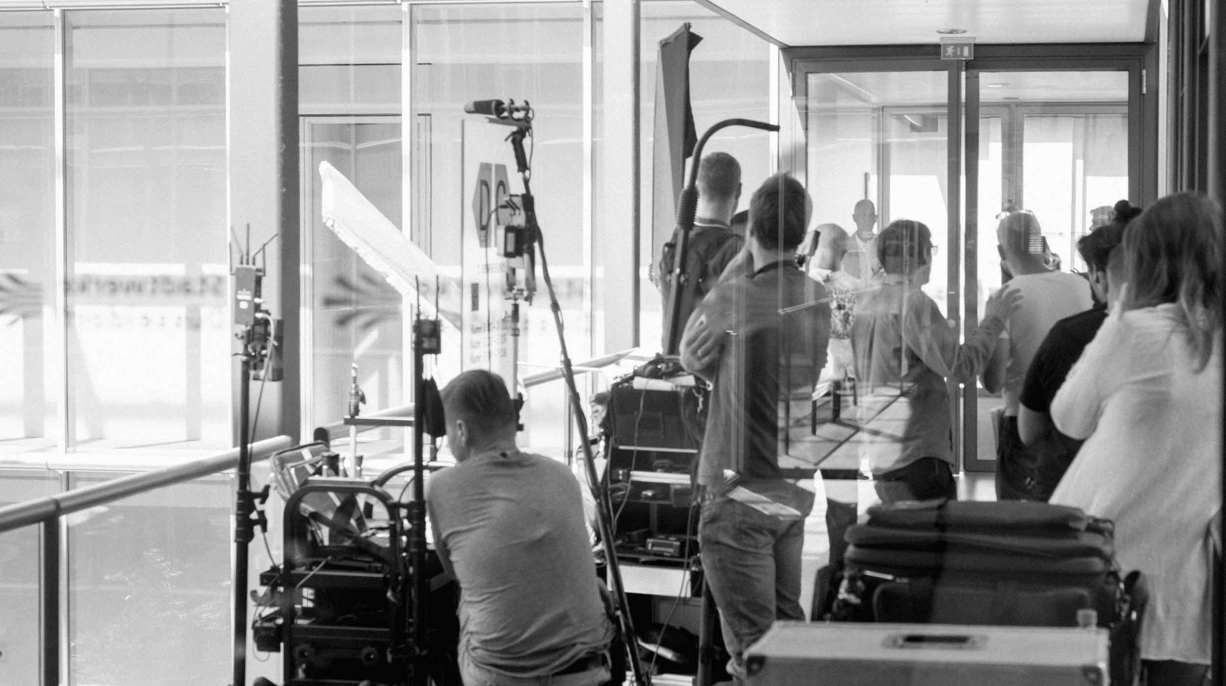neiser filmproduktion Videoproduktion set location regisseur kameramann Produktion Vorbereitung crew team office düsseldorf
